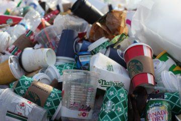góra śmieci